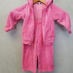 Baby girl Juicy Couture sweatsuit (A22)